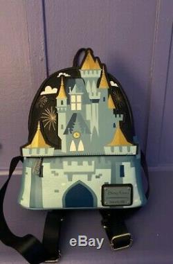 2019 Disney Parks Magic Kingdom Cinderella Castle Loungefly Mini Backpack New