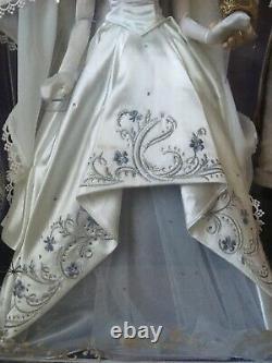 Disney Cinderella And Prince Charming Limited Edition Wedding Doll Set 70th