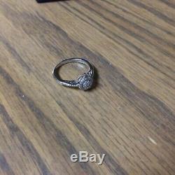 Disney Cinderella Engagement Ring 10k white gold, 1/4 CT Diamond. Size 8