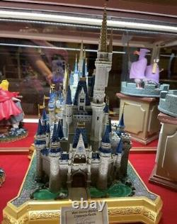 Disney Parks Walt Disney World 16 Cinderella Castle Sculpture Medium Figure NIB