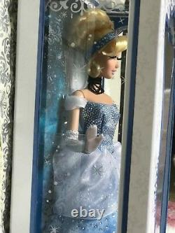 Disney Store Limited Edition Cinderella 17 Doll, NEW, BLUE DRESS, COLLECTIBLE