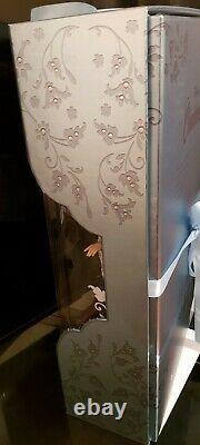 Disney limited edition doll Cinderella rags 17
