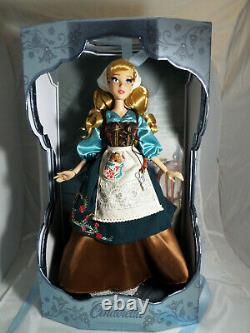 Disney store LIMITED EDITION 17'' Cinderella in Rags doll