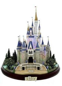 In Hand Disney Park Cinderella Castle Olszewski Figure Main Street Miniature NIB