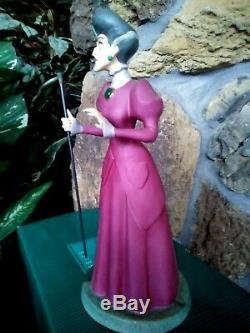 LADY TREMAINE WDCC DISNEY CINDERELLA FIGURINE SPITEFUL STEPMOTHER, withBrochure