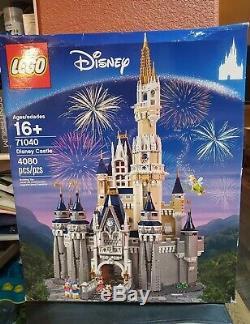 Lego Disney Cinderella Castle Original (71040) BRAND NEW Never Opened. Free Ship