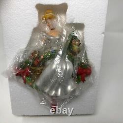NIB Disney Store Cinderella Jaq & Gus Garland Christmas Stocking Hanger Holder