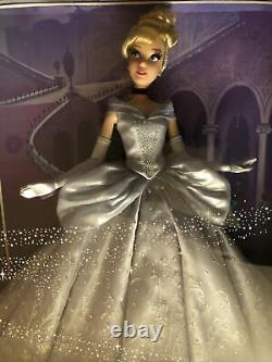 New Disney Cinderella 17 SAKS Fifth Avenue Limited Edition Doll. 1 Of 2500