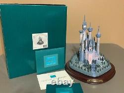 Walt Disney Classics Collection Enchanted Places A Castle For Cinderella